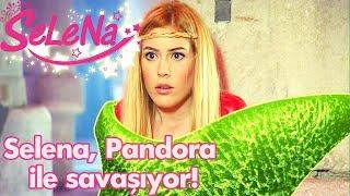 Selena, Pandora ile savaşıyor!