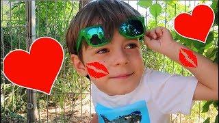Bogdan s-a INDRAGOSTIT   Video for Kids    Sketch Bogdan Show