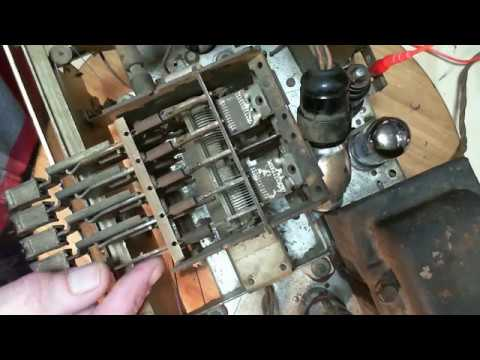 Rogers 11RA651 Shortwave Radio Video #24 - Push-Buttons