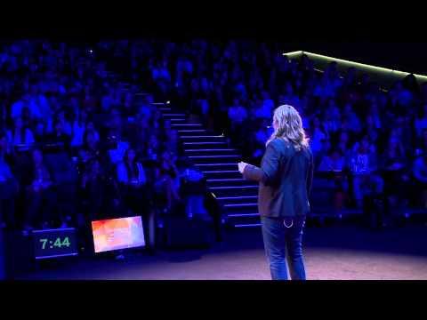 Stop pandering to working mothers | Susan Redden Makatoa | TEDxMacquarieUniversity