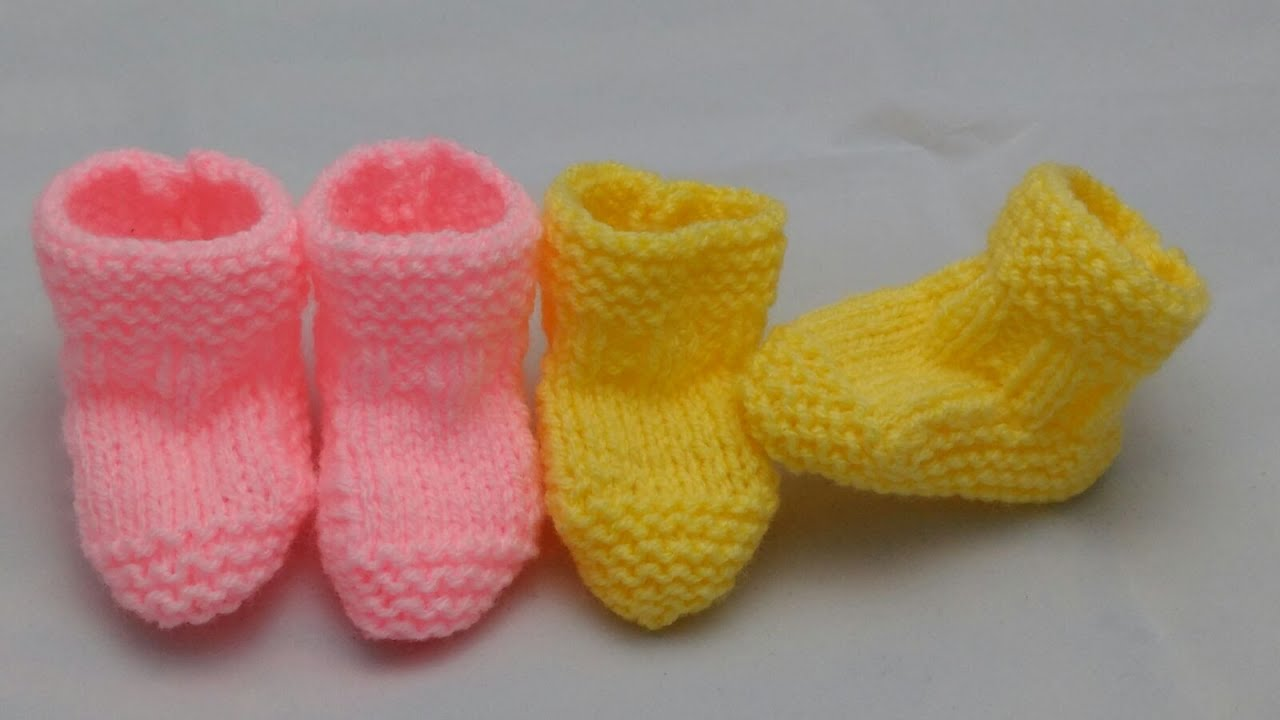 0-3 Month Booties | Beginners Knitted Version 2 - YouTube