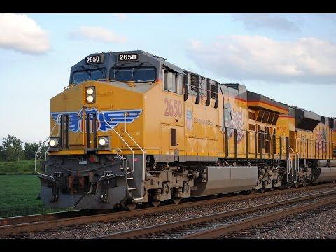 HD: August 2016 Trains w/UP, NS, CSXT, BNSF, CN, Amtrak, & Heritage Units