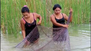 Cô gái xinh đẹp bắt cá || Xem xong sẽ ghiền || Beautiful girl fishing part 20