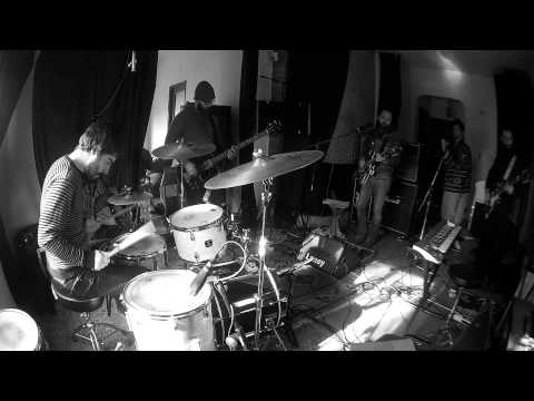 Twin Transistors - Stell   (recorded for Sixteen Tracks)