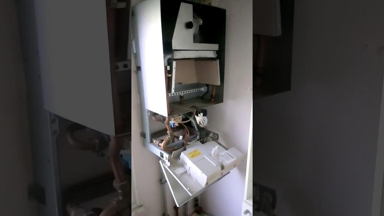 01 entretien chaudi re gaz vaillant uccle bruxelles plombier chauffagiste prix pas cher. Black Bedroom Furniture Sets. Home Design Ideas