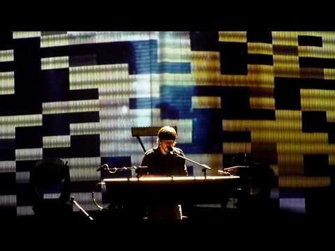 Linkin Park - The Catalyst (LIVE) Sydney 2010