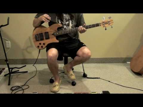 Justin Chancellor's tone with a Wal