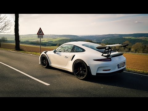 A DAY WITH A PORSCHE 991 GT3 RS