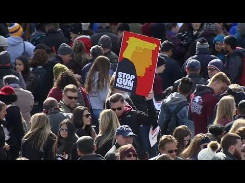 آلاف الأمريكيين يشاركون في مسيرة -من أجل حياتنا-  للمطالبة بتشديد قوانين حيازة السلاح…  - نشر قبل 3 ساعة