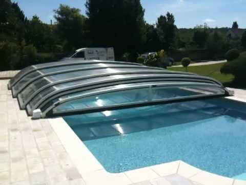 Abri desjoyaux motoris youtube for Abri haut piscine