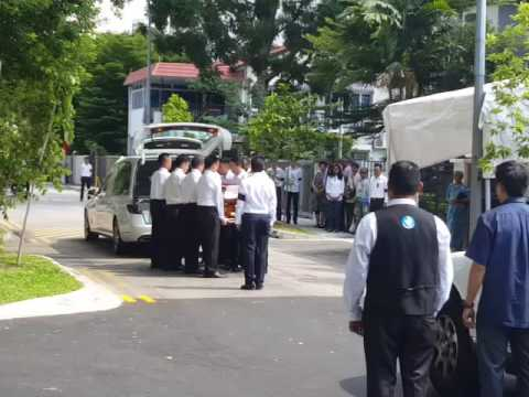 In memory of S R Nathan: Hearse arriving at Ceylon Road home