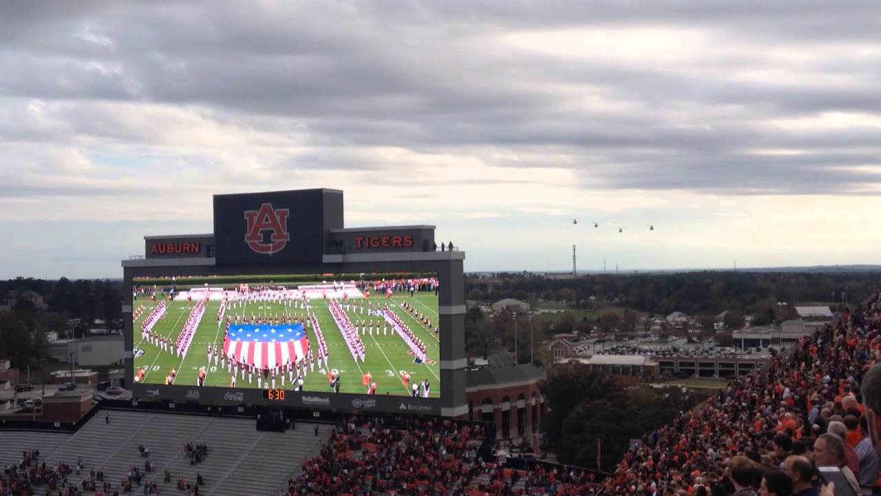 best service 22ac8 5209f Fly over NEVER seen one this cool!!  WarEagle - YouTube