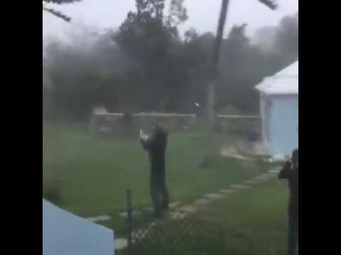 Hurricane Nicole CAT 3 making landfall  Bermuda