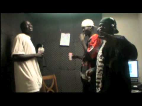 Ooh hoo) Suspect Young Commando, ft Hot dogg, from Wau Southern sudan living in Calgary AB.