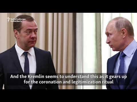 The Daily Vertical: Painting The Kremlin Facade