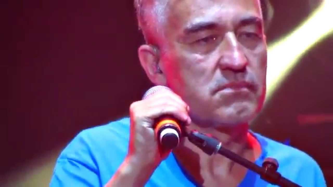jorge-gonzalez-una-noche-entera-de-amor-nada-es-para-siempre-movistar-arena-chile-2015-it-s-p-chae-o