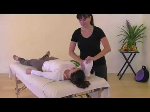 Table Thai Yoga Massage: Triceps Stretch & Squeeze