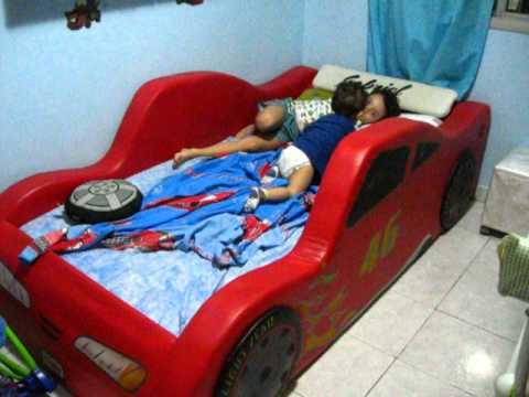 Gabriel street cama carro do brasil youtube - Cama en forma de auto ...