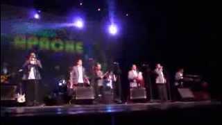 Tropicalisimo Apache en el Teatro Nazas 2014 - sorbito de champagne