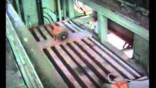 видео Щелевые полы в свинарниках и коровниках. Самосплавная система навозоудаления.
