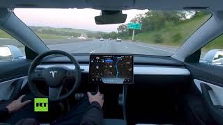 El piloto automático de Tesla ya realiza recorridos completos por su cuenta