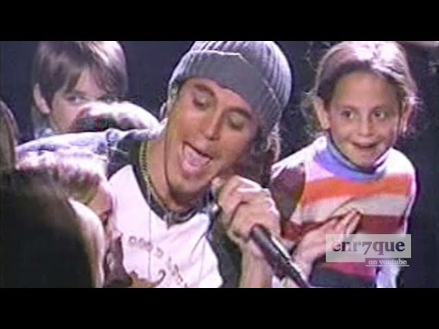 Enrique Iglesias - Addicted (LIVE)