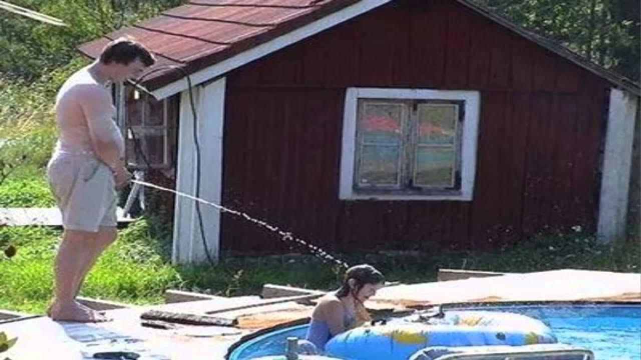 Mear en la piscina es peligroso youtube for Piscina quintanar de la orden