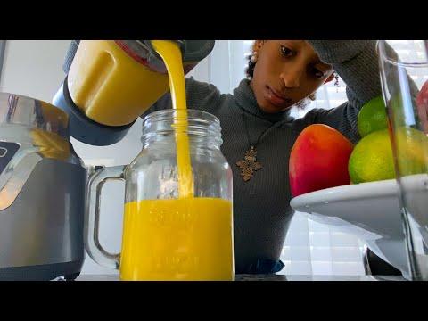 Mango-Pineapple Yogurt Bowl