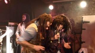 "Ky-Mani Marley & Mamadee - ""Turn your lights down low"" (LIVE @ Yaam Berlin)"