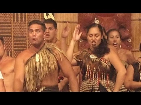 [HD] Haka Dance at Polynesian Cultural Center, Oahu (Hawaii)