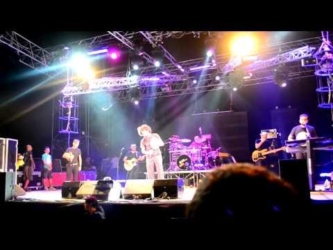 Caparezza – Chi se ne frega della Musica | Eretico Tour 2011 – San Teodoro