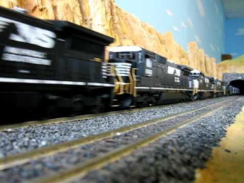 Norfolk Southern 158 Car Freight Train