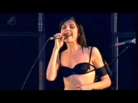 PJ Harvey Live Reading 2001