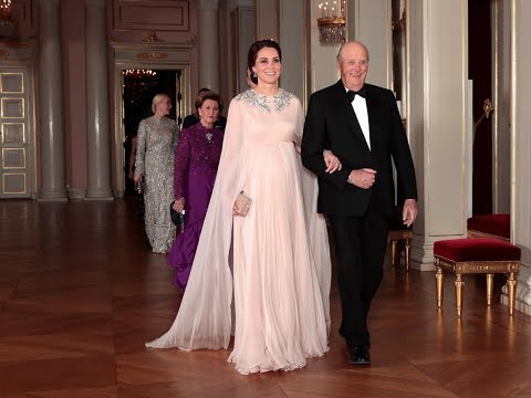Royals arrive at official dinner for Duke and Duchess of Cambridge in Norway