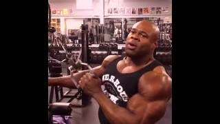 Kai Greene Triceps Workout (Cable One Arm Tricep Extension)