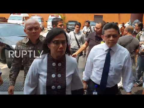 Indonesia: Rescue teams retrieve six bodies after Lion Air crash