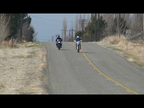 YZ 450 vs. Ninja 500 Drag 2 - YouTube