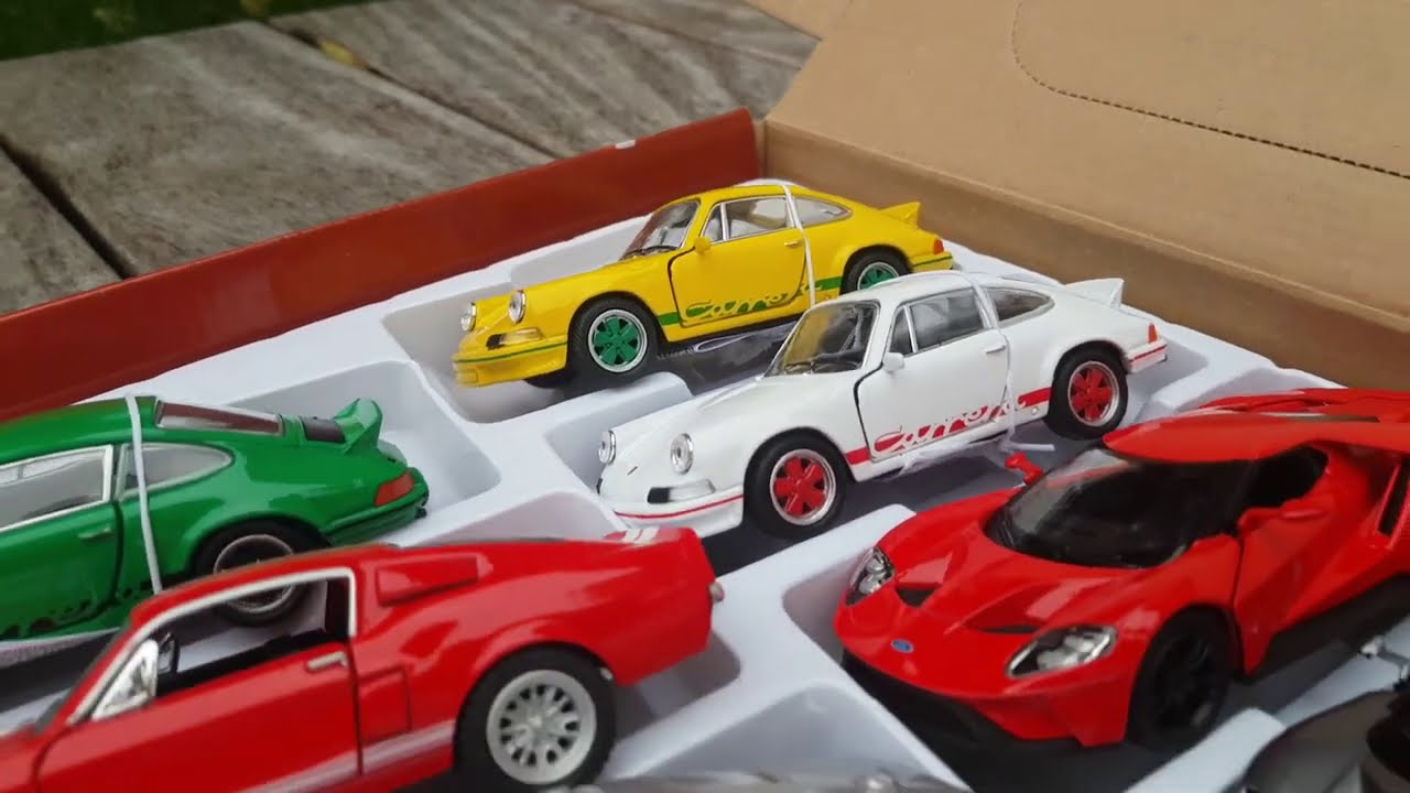 Welly Cars diecast metal cars Doooors openable pull back action