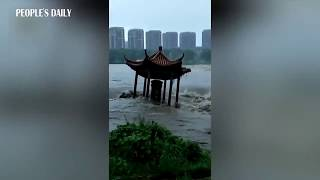 Chinese pavilion was destroyed in seconds