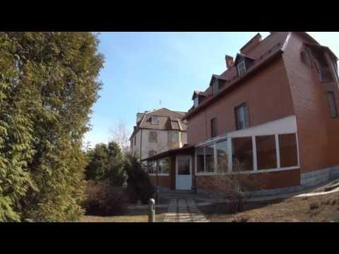 Загородные дома и коттеджи