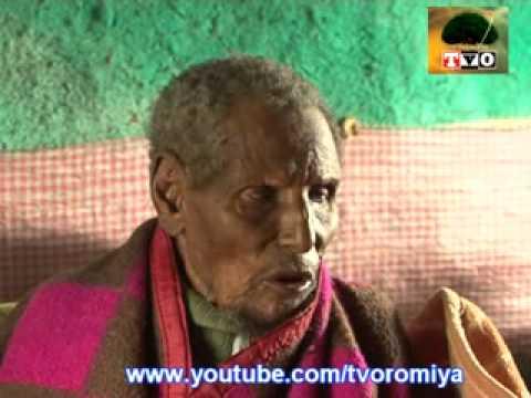 Manguddoo umrii dheeraa: Obbo Dhaqqaboo Eebbaa jedhamu. Naannoo Oromiyaa Godina Arsii Lixaa Aanaa Dodolaa keessa jiraatu. Waggaa 160 lubbuun jiru. Dhuguma Hiriyaa qabu laata?( This man is called Dhakabo Ebba. He lives in Dodola district of west Arsi Zone on Ormia region.He is 160 years old. Does he realyy have friends???)