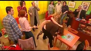 Sihirli Annem Betüş Müşteriyi Dövüyor! - 2.bölüm
