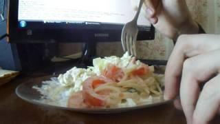 крабовый салат, салат из помидоров и огурцов, простой салат