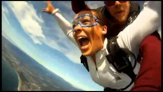 4283 Erika has a beautiful skydive over the waves wiht Skydive Surfcity!