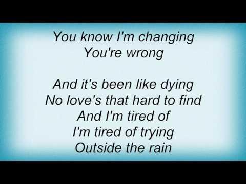 Stevie Nicks - Outside The Rain Lyrics