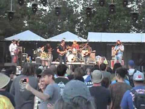 Cornmeal featuring that guy from Yonder - Harvest 2011.wmv