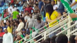 PSL cricket 1st Match Girl Fighting in the Crowd 2018