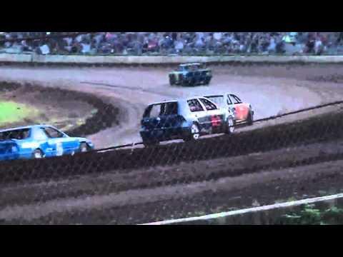 Hornet heat race # 2 Cottage Grove Speedway 4/16/16