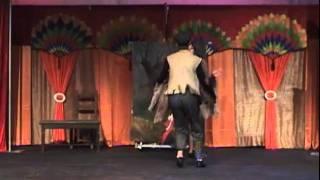 Танец лисы Алисы и кота Базилио