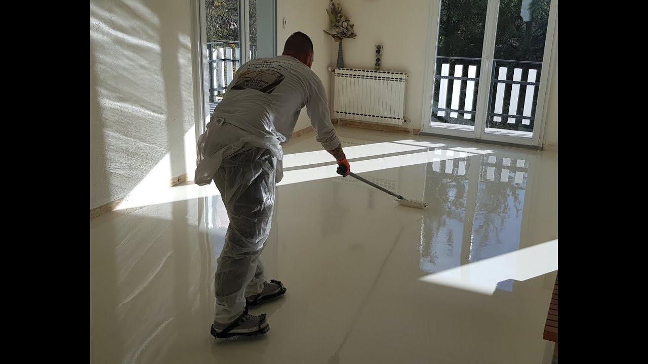 Resine Epoxy Sol Interieur autolissant epoxy monochrome blanc nacré brillant